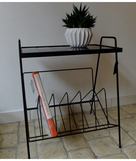 brocante vintage petite table fifties en metal noir. Black Bedroom Furniture Sets. Home Design Ideas