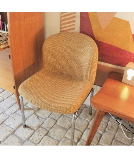 brocante vintage seventies Chaise fauteuil pieds inox tissus moutarde moutarde