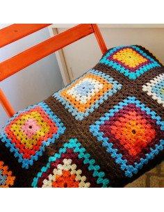 Brocante vintage très grande couverture au crochet retro années 70 jeté de canapé couvre lit