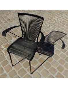 Fauteuil fifties en fils de scoubidou noir mobilier vintage