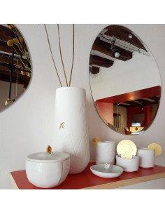 RÄDER DESIGN stories Grand vase en porcelaine blanche impressions feuillages