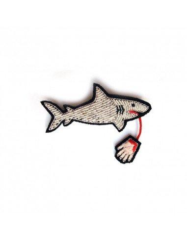 MACON ET LESQUOY Broche Brodée Requin