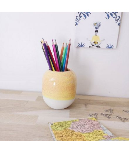 STUDIO ARHOJ design danois céramique copenhague pot à crayons pen holder jaune pastel