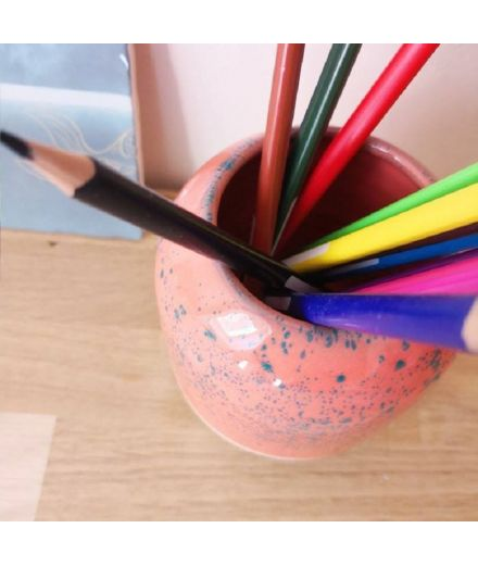 STUDIO ARHOJ design danois céramique copenhague pot à crayons pen holder rose saumon