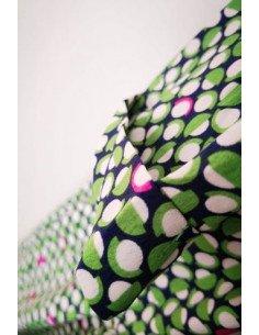 Robe femme capucine imprimé motifs géométriques ronds blanc et roses sur fond vert