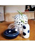 RÄDER DESIGN mini vase à pois bleus en porcelaine