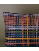 MAPOÉSIE Housse de coussin Eddy coloris gris en laine recyclé tartan rebrodé